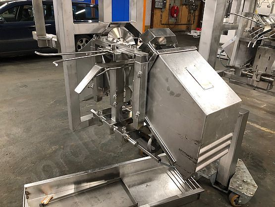 Chicken cut-up line Systemate/ EMF