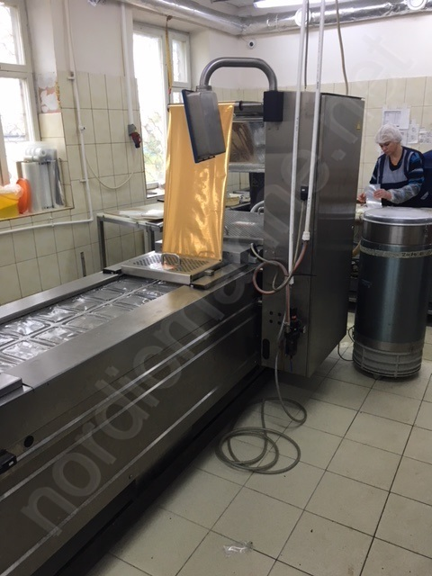 Multivac R 140 Thermoforming machine